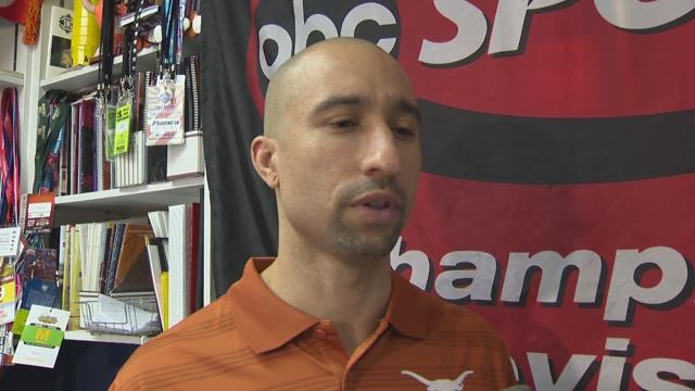 Shaka Smart talks Erwin Center and Charlie Strong