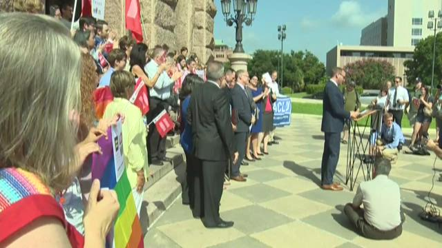Same-sex marriage supporters slam Texas leaders